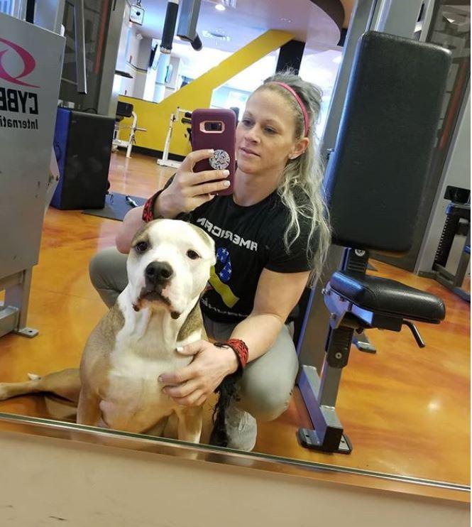 Kira Neuman with her dog