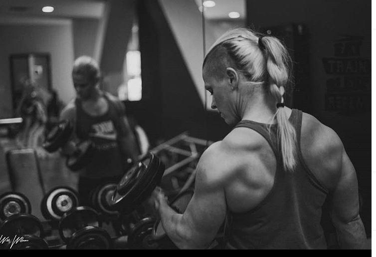 Kira neuman in gym