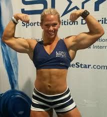 Kira Neuman arm