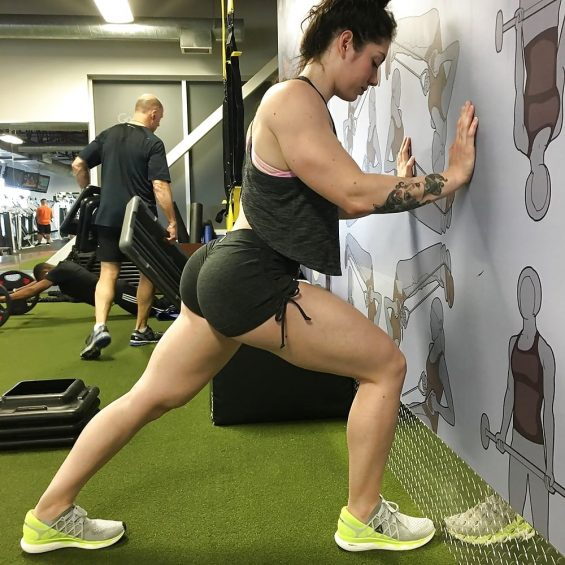 Fmaile bodybuilder Natasha Aughey