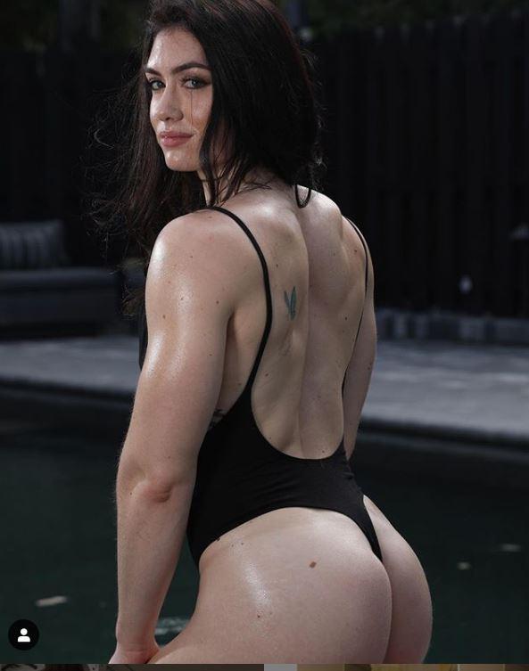 Natasha Aughey hot n sexy pic