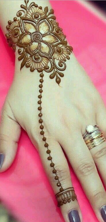 beautiful flower bracelet mehendi designs