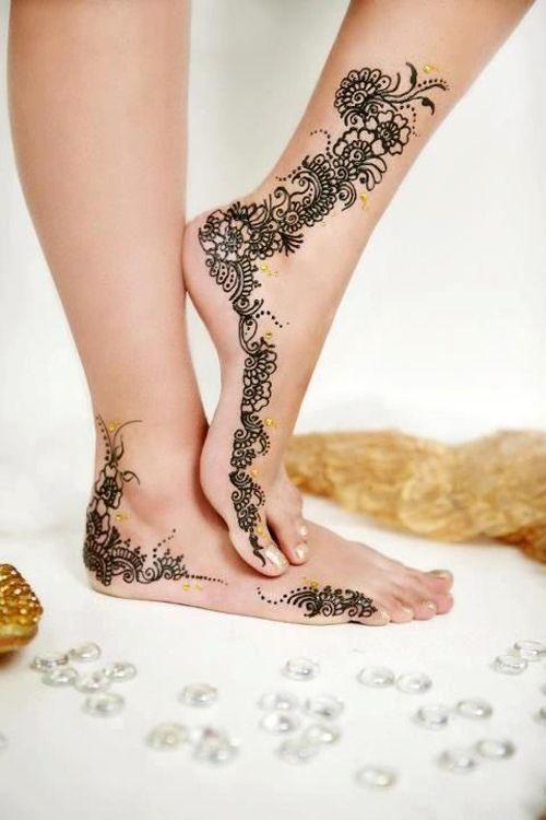 bridal leg mehndi design a