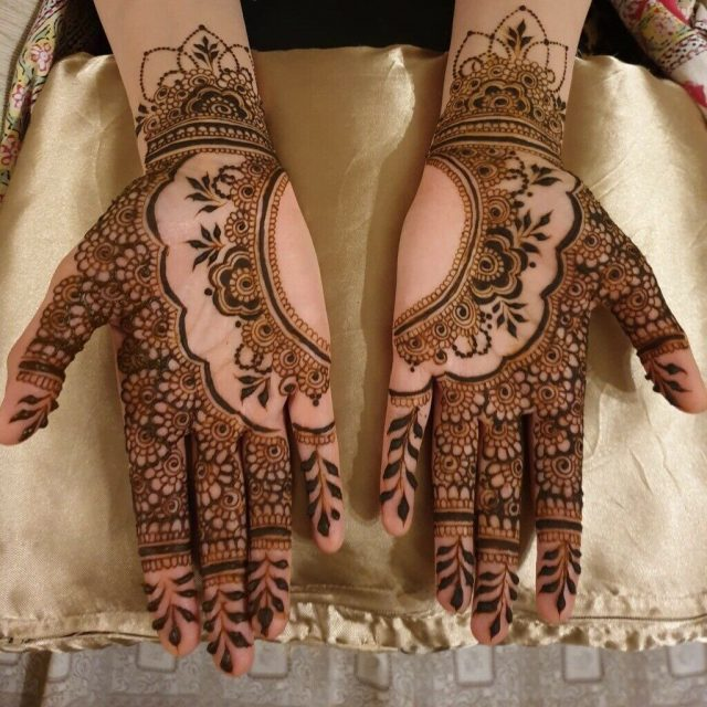 bridal trendding mehndi designs