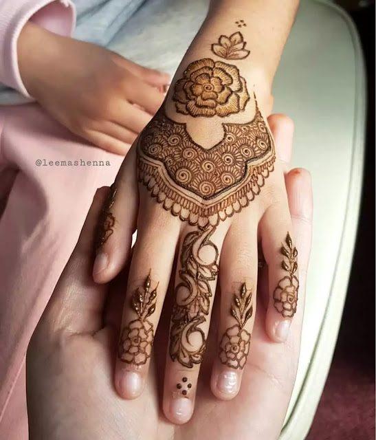 henna design for fingers