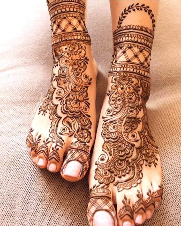 latest henna designs for bridal legs 2 jpg