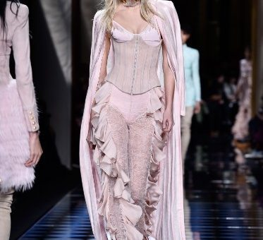 Women's Ready-to-Wear: Paris Fashion Week Announced to be Held in September 2020