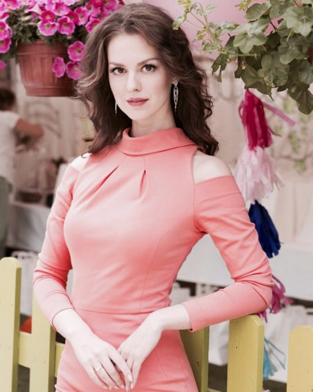 Lyanka Gryu - Lyanka Gryu russian Actress in hollywood
