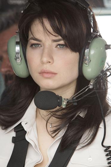 Yuliya snigir most beautiful Russian evergreen actress