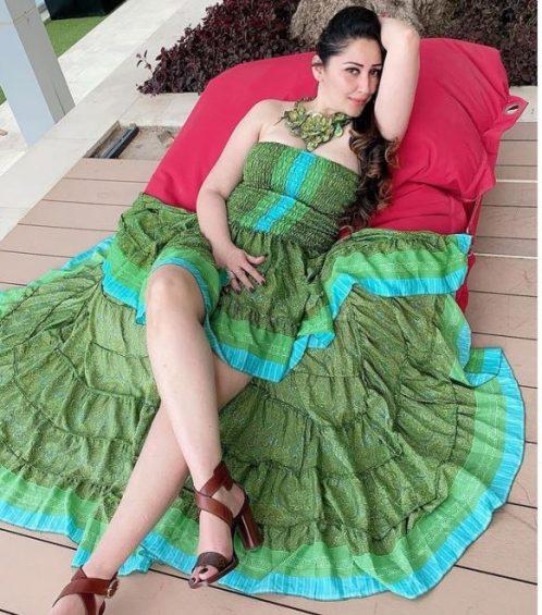 MAnyta in green dress