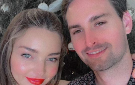 Miranda Kerr and Evan Spiegel buy house for more than 30 million in Paris