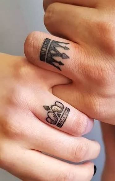 king and queen crown tattoo1