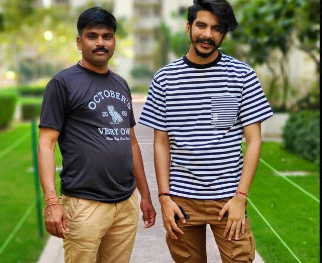 Gulzaar chhaniwali with his dad