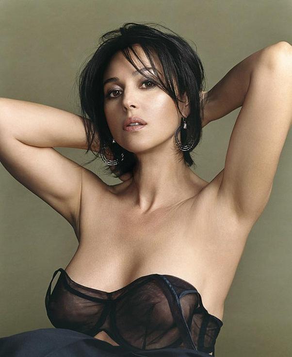 Top 22 Most Beautiful Italian Actress